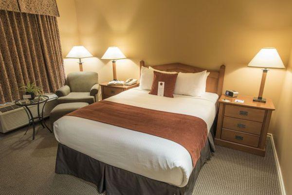 Pemberton Hotel Studio Suites